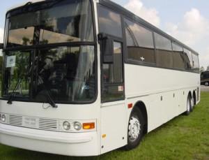 Mit dem Bus entspannt zum Ziel