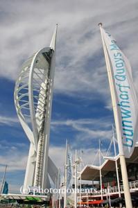 Spinnacker-Turm in Portsmouth (c) www.photomoments.eu